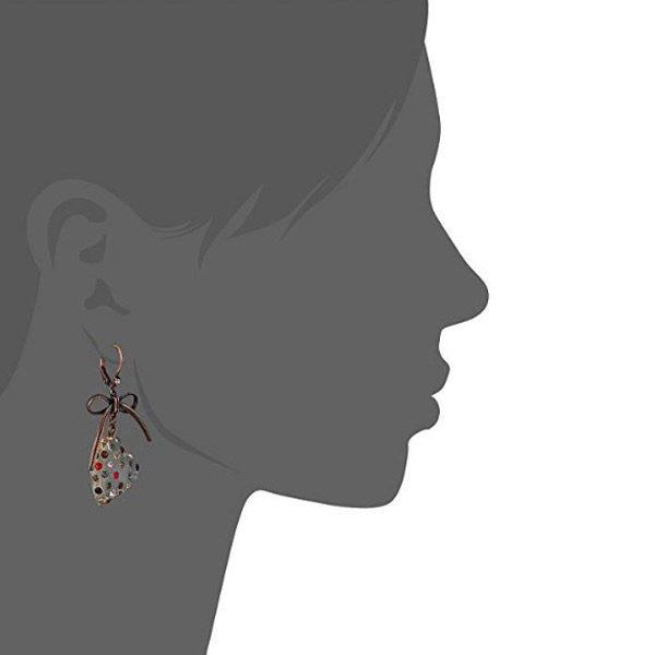 Heart earrings side view